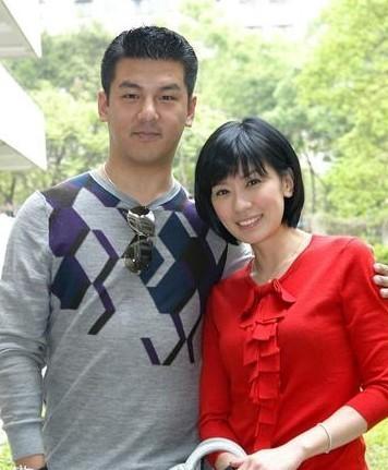 47歲賈靜雯宣布封肚,有三個女兒已知足,翻白眼否認追生第四胎