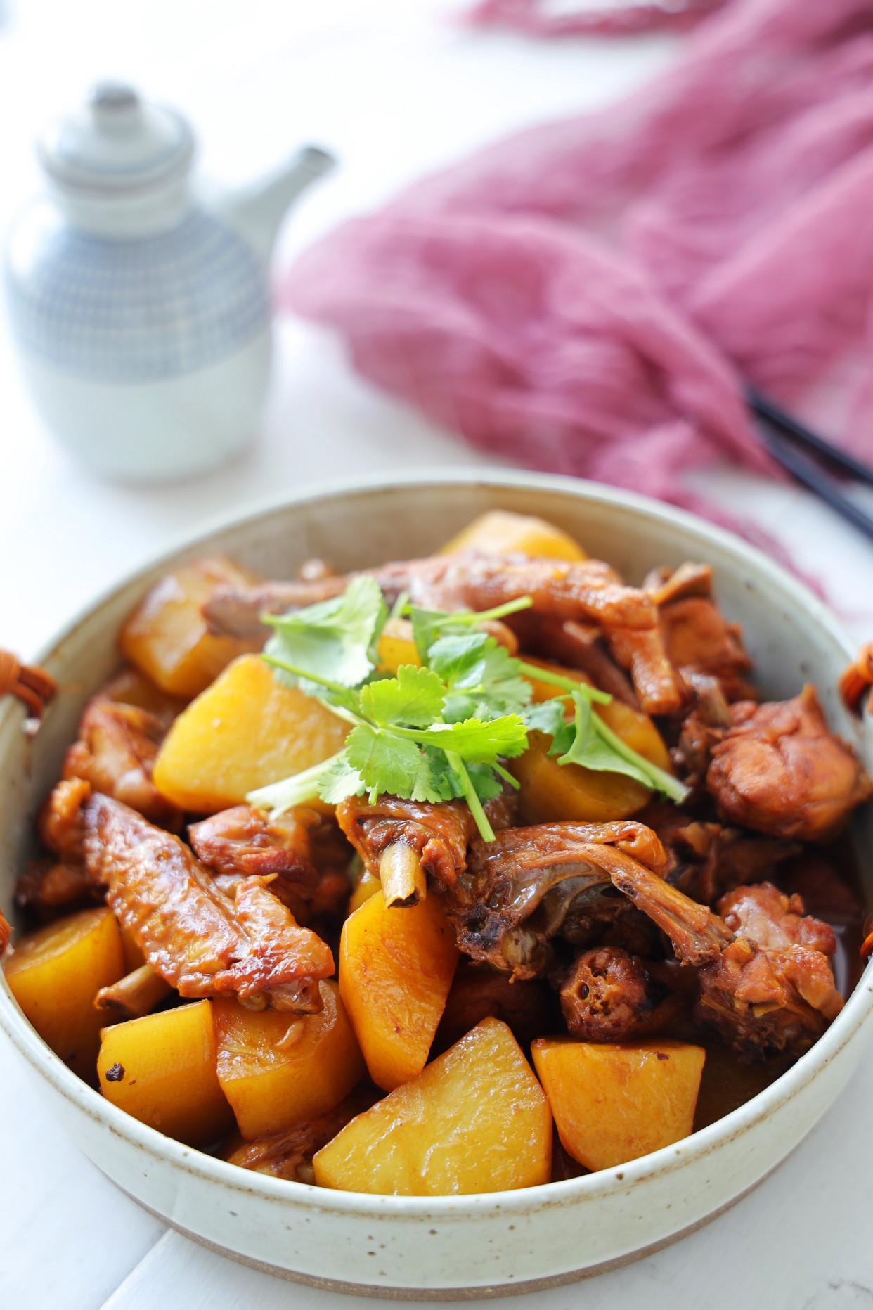 小寒快到了,比羊肉便宜,比猪肉营养,简单炖一锅,滋补又暖身