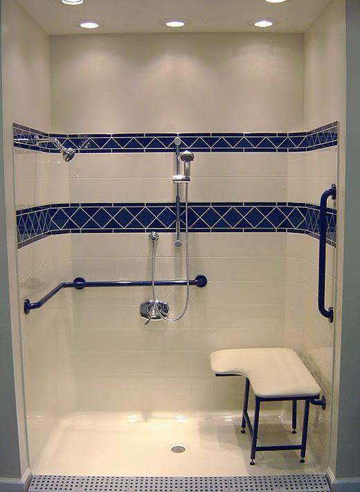 淋浴房再小,也建议大家装个洗浴凳,直接砌在墙上稳定又方便