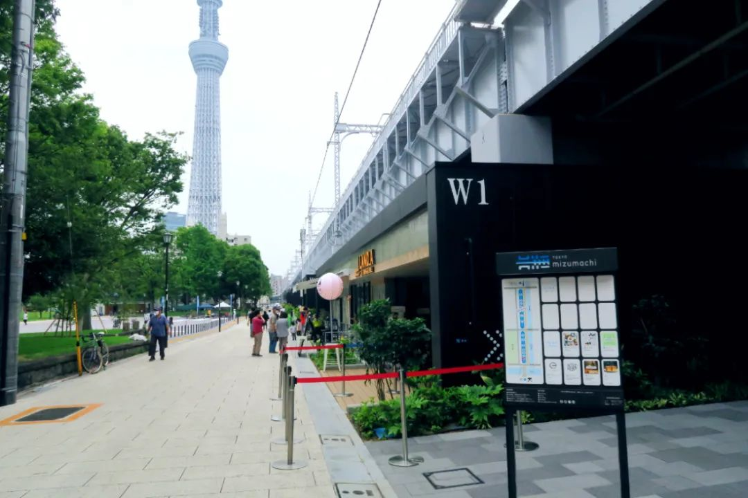 主题娱乐化公园式购物中心成为商业的新宠