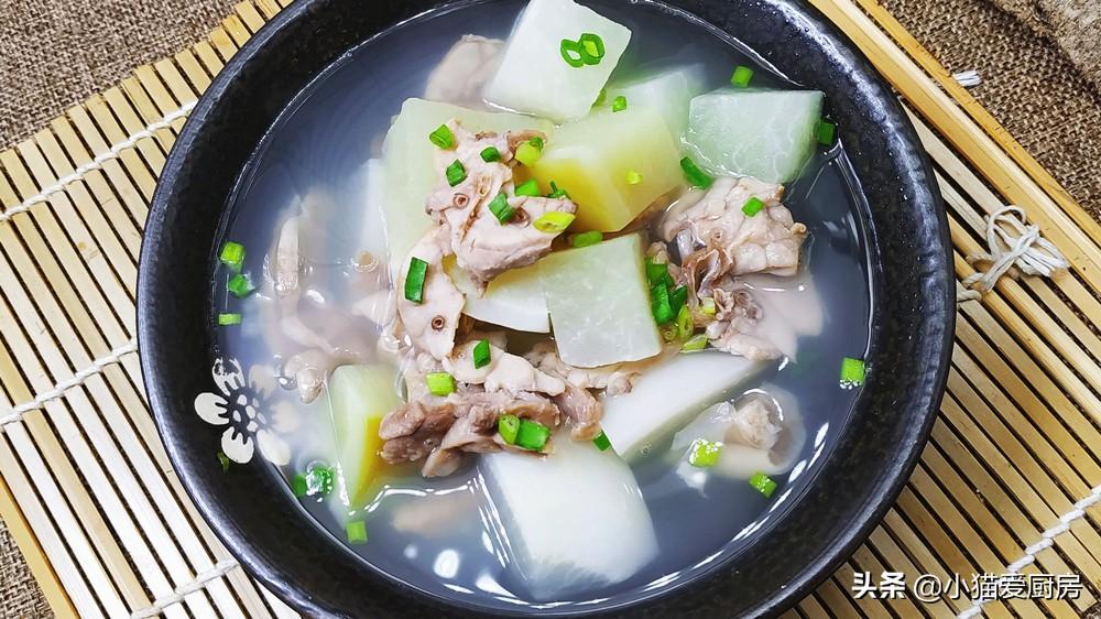 萝卜猪肺汤 许多人不懂怎么做 所以煲出来的汤不好喝 教你做法