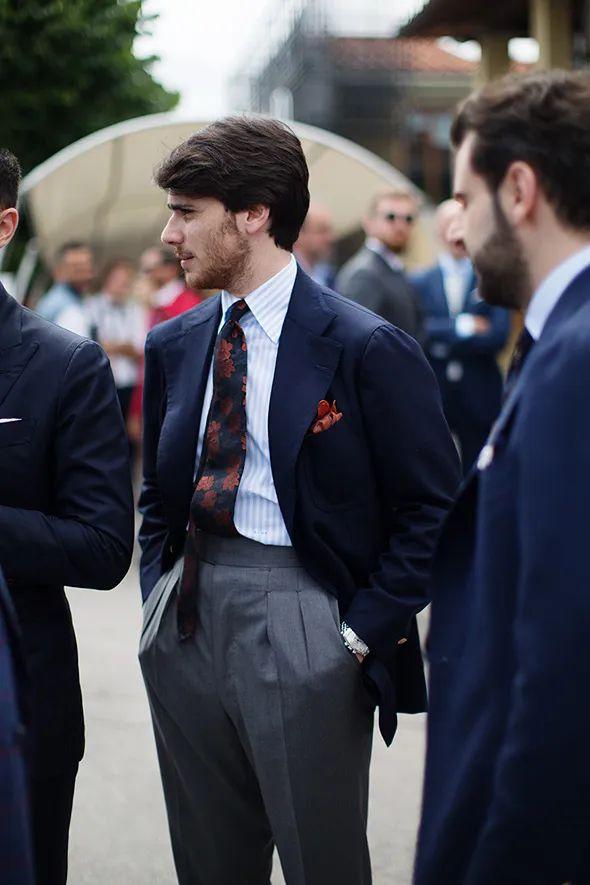 """木下孝浩为什么要""""塞""""领带?这些容易犯错的穿西装细节要搞明白"""