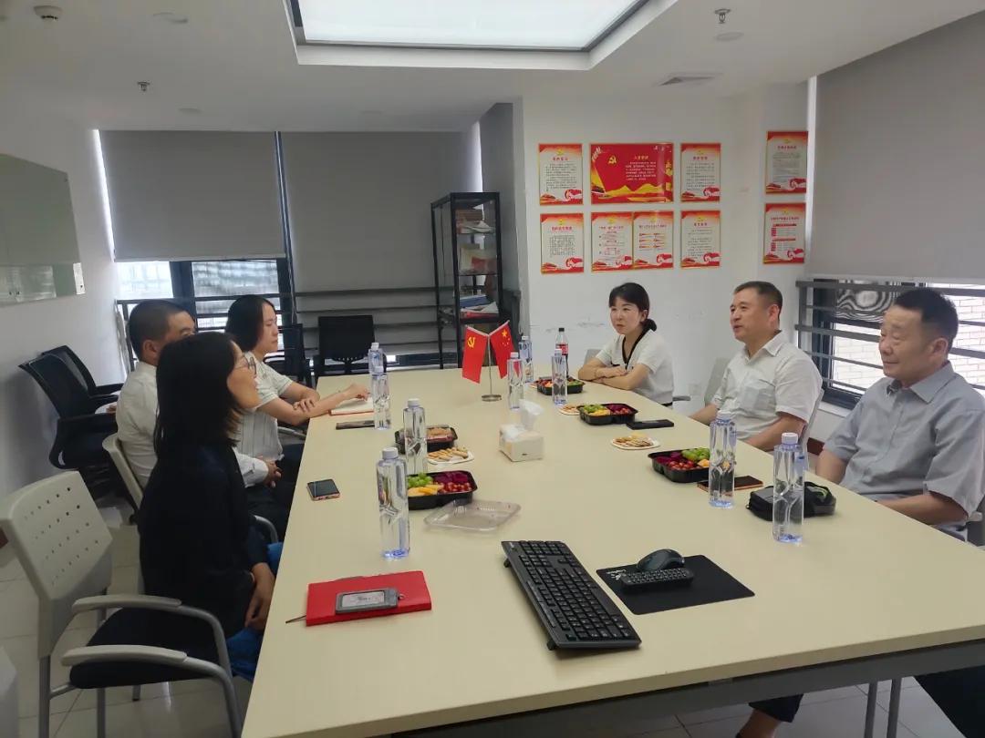 协会党委一行到会员企业参观交流党建工作