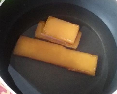 广东特色小吃马蹄莲,搅一搅蒸一蒸,香甜软糯有弹性,简单零失败