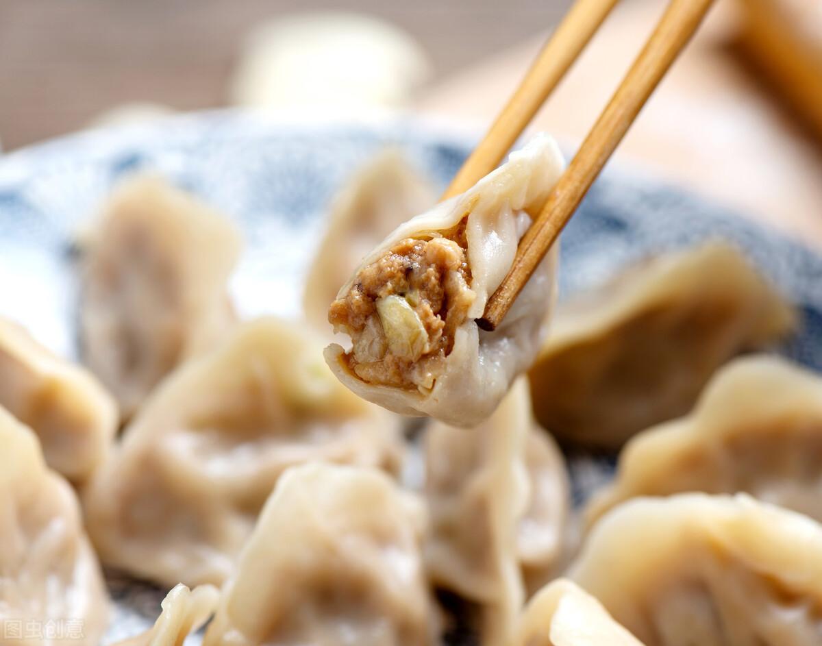 """无论拌啥饺子馅,牢记""""放3料忌2香"""",饺子鲜嫩多汁,特别好吃 美食做法 第2张"""