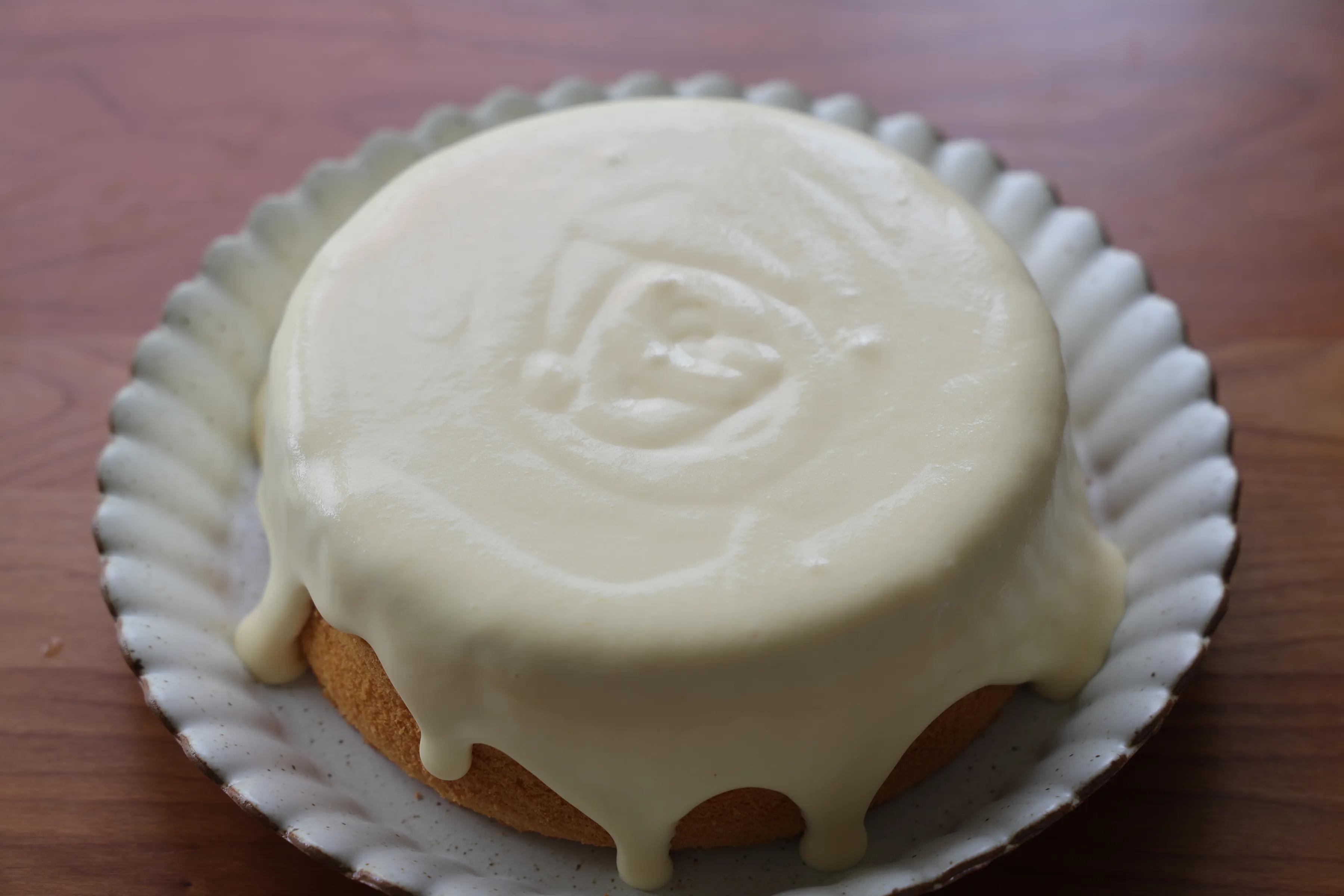 粉絲朋友點名要的網紅爆漿蛋糕,切第一塊的時候太治愈,味道超讚