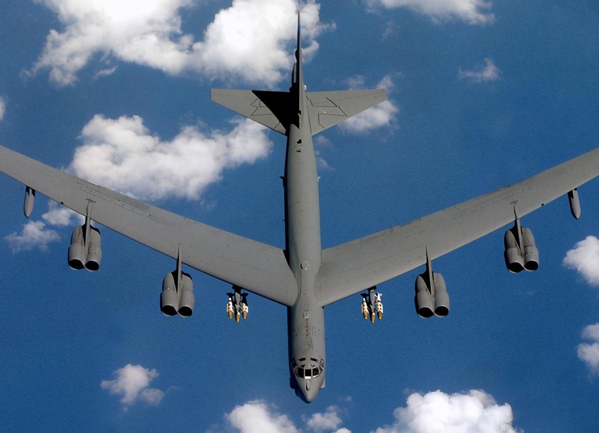 又拿发动机做文章!新的制裁理由:美轰炸机要换中国客机的发动机