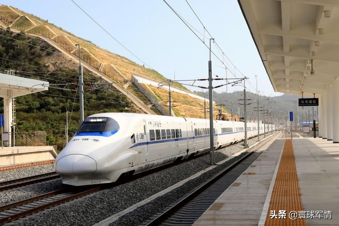 距台湾本岛最近铁路正式通车,台媒再度渲染军事威胁,平潭或成解放军集结点
