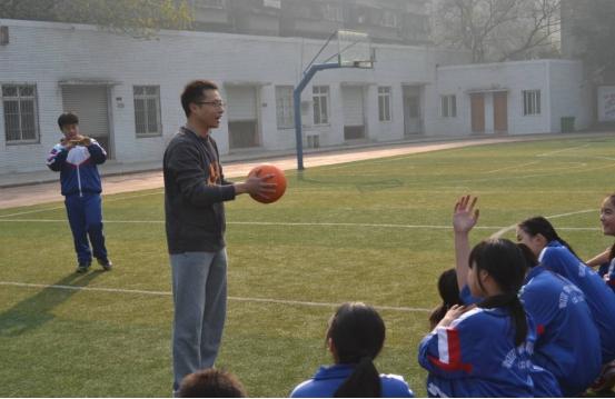 """体育生结业只能当""""体育教师""""?尚有这些抉择,能获铁饭碗"""