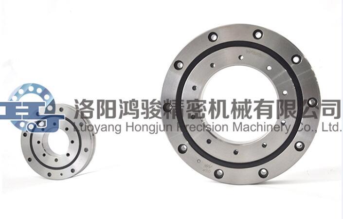 滾動軸承內孔與軸及外徑與座孔間的配合特點