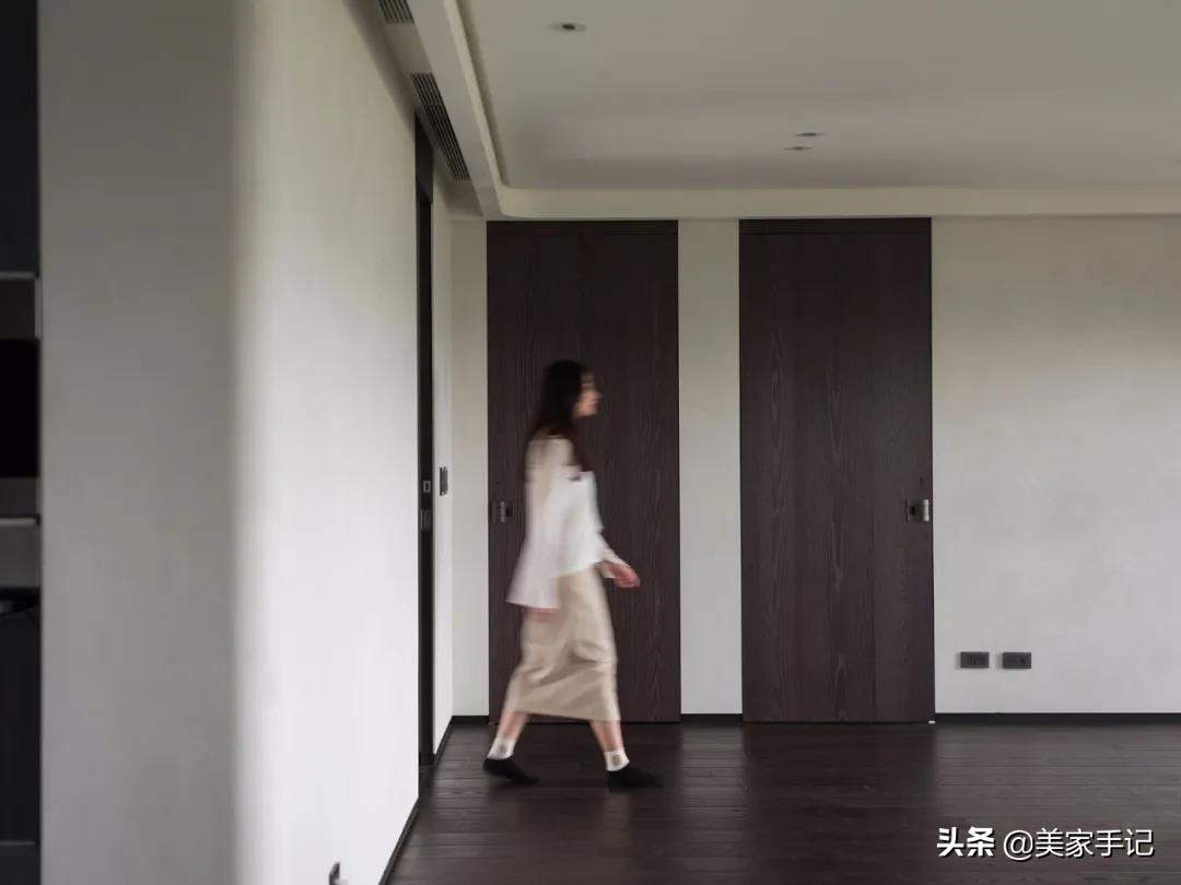 244平!台湾夫妻家中的高级场面:全屋时尚精致,太有品味了