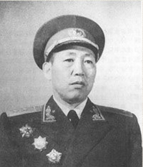 开国中将王秉璋没有参加平型关大捷,但为何照片里会有他?
