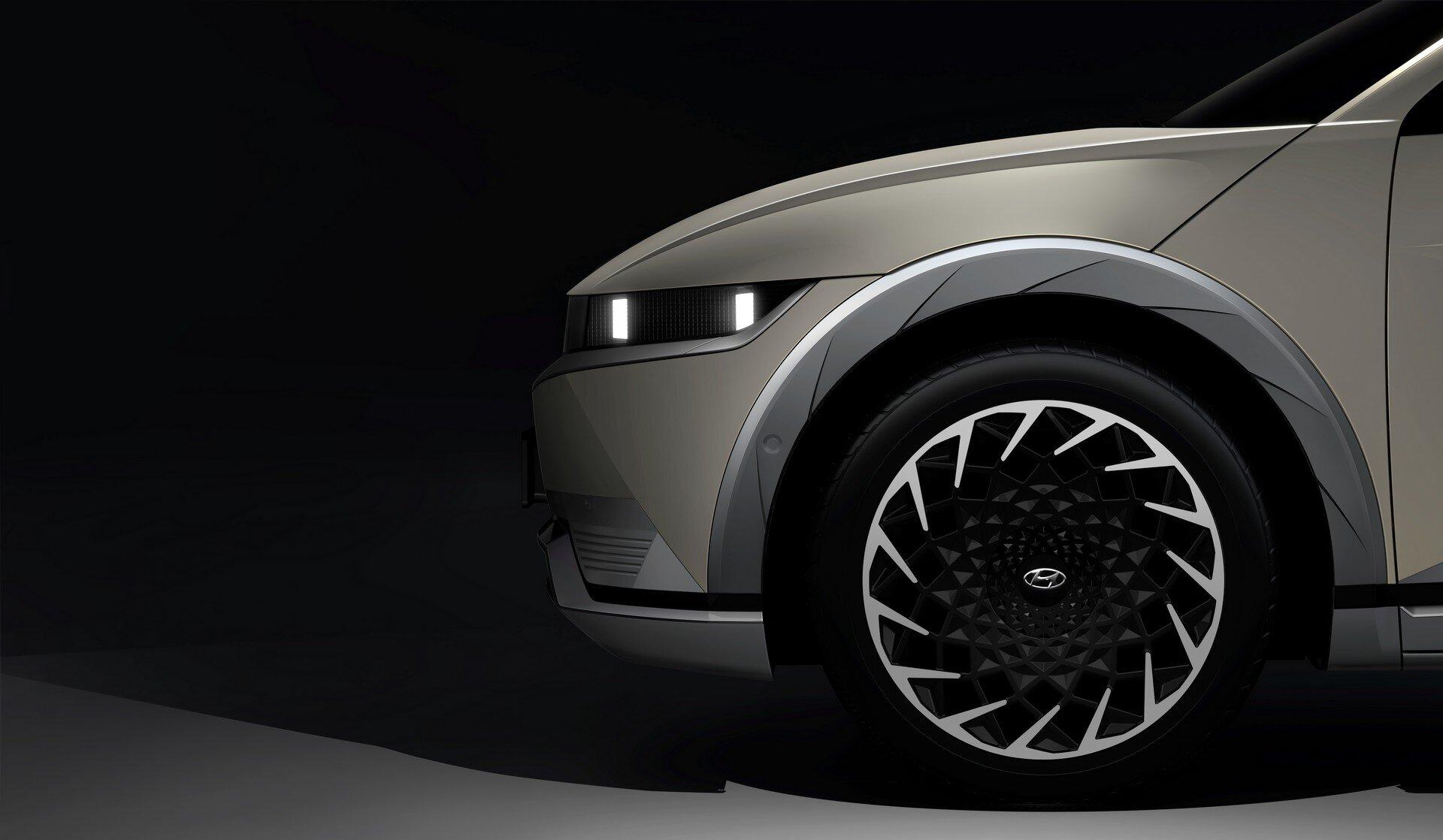 韩国现代Ioniq 5电动汽车剧透,充电5分钟,行驶200里