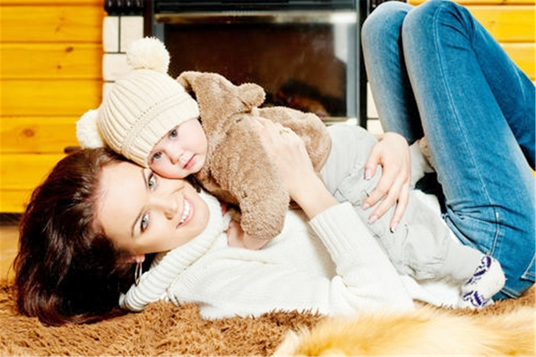 宝宝5个向妈妈示爱的动作,尽管真的很讨厌,但别粗暴拒绝伤娃心