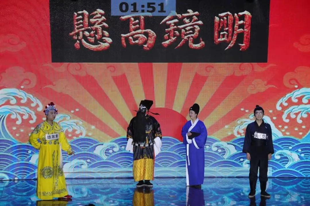 """巅峰论""""健"""",32组医护科普明星同台竞技"""