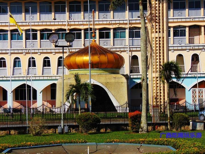 文莱老国王清真寺周围美得不得了(文莱游17)