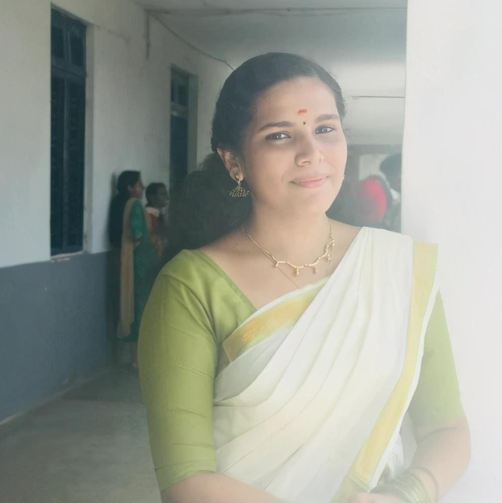 牛人!印度女学霸疫情期间,完成350项在线课程,创下世界纪录