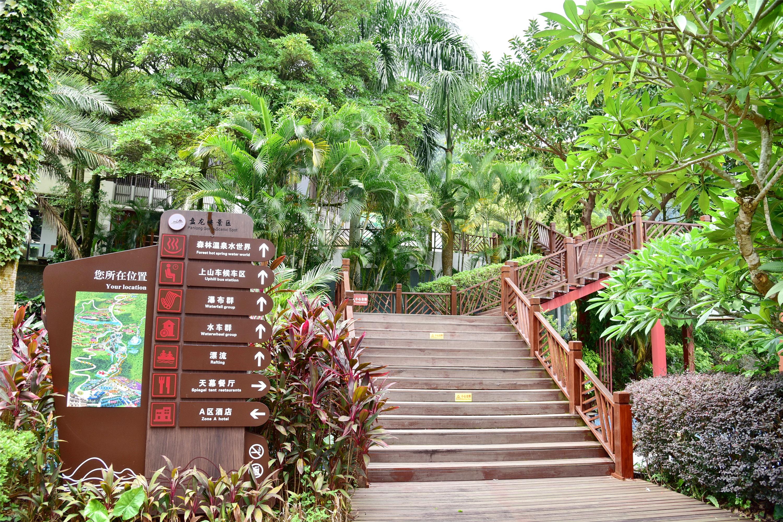 肇庆这个景区拥有广东最多的水车与瀑布,国庆假期还有网红花海