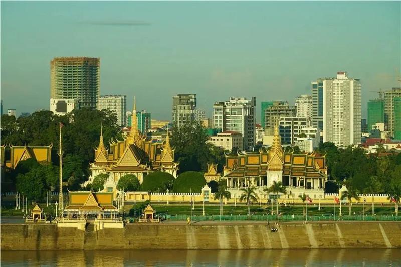 紫晶壹号:站在窗边俯瞰整个湄公河,邂逅诗意精奢生活