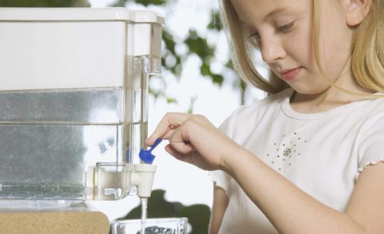 听听专家揭秘:关于家用净水器的5个谣言,不要再被迷惑啦