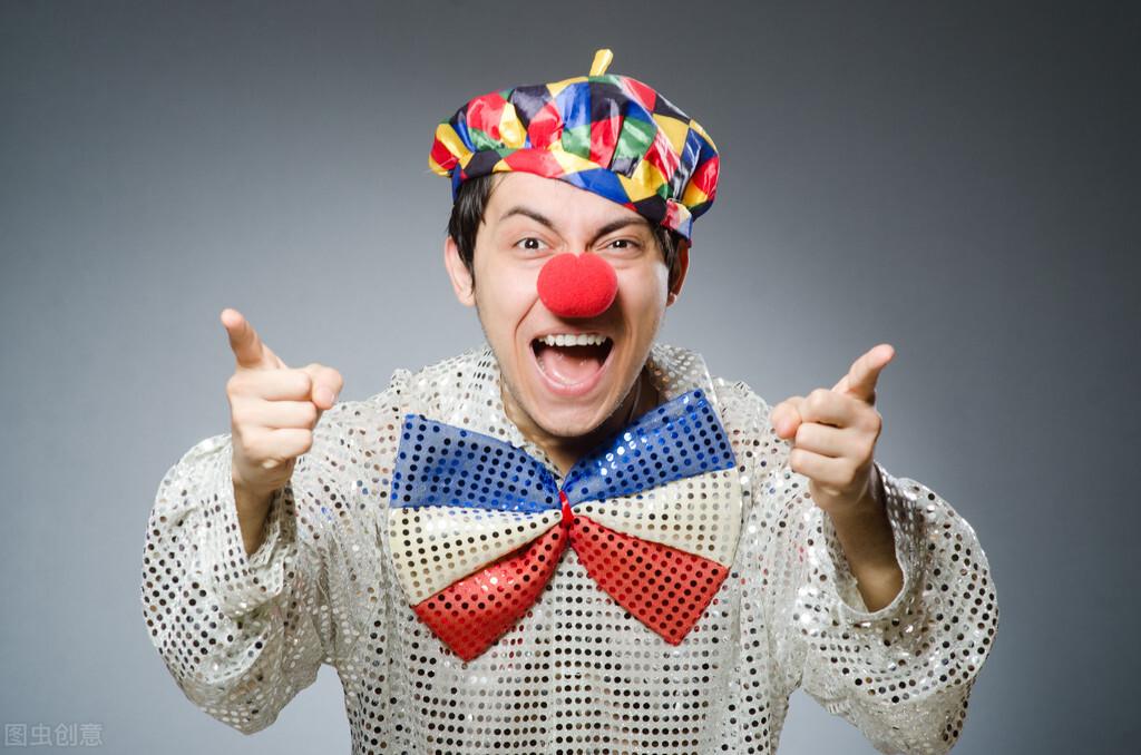 在京东和淘宝的夹缝中生存,作为小丑的拼多多,未来会如何?