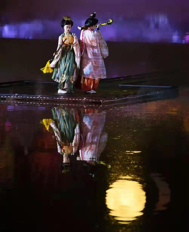 大型水上实景演出《曹州吟》重磅上演: