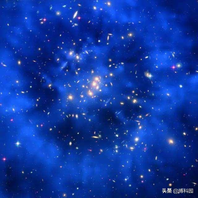 宇宙的本源,并非物质?物理学家认为,是由粒子和力场构成