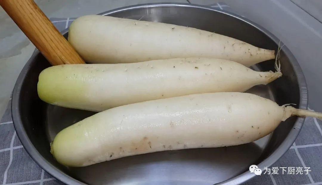 蘿蔔不要包餃子了,筷子一攪,做出創意素丸子,好吃到拿肉都不換