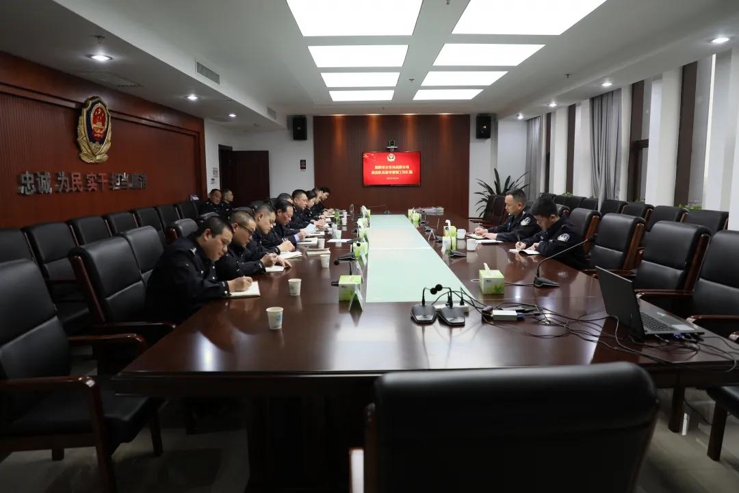 湘潭市局党委委员、副局长彭世辉同志到分局督导教育整顿工作