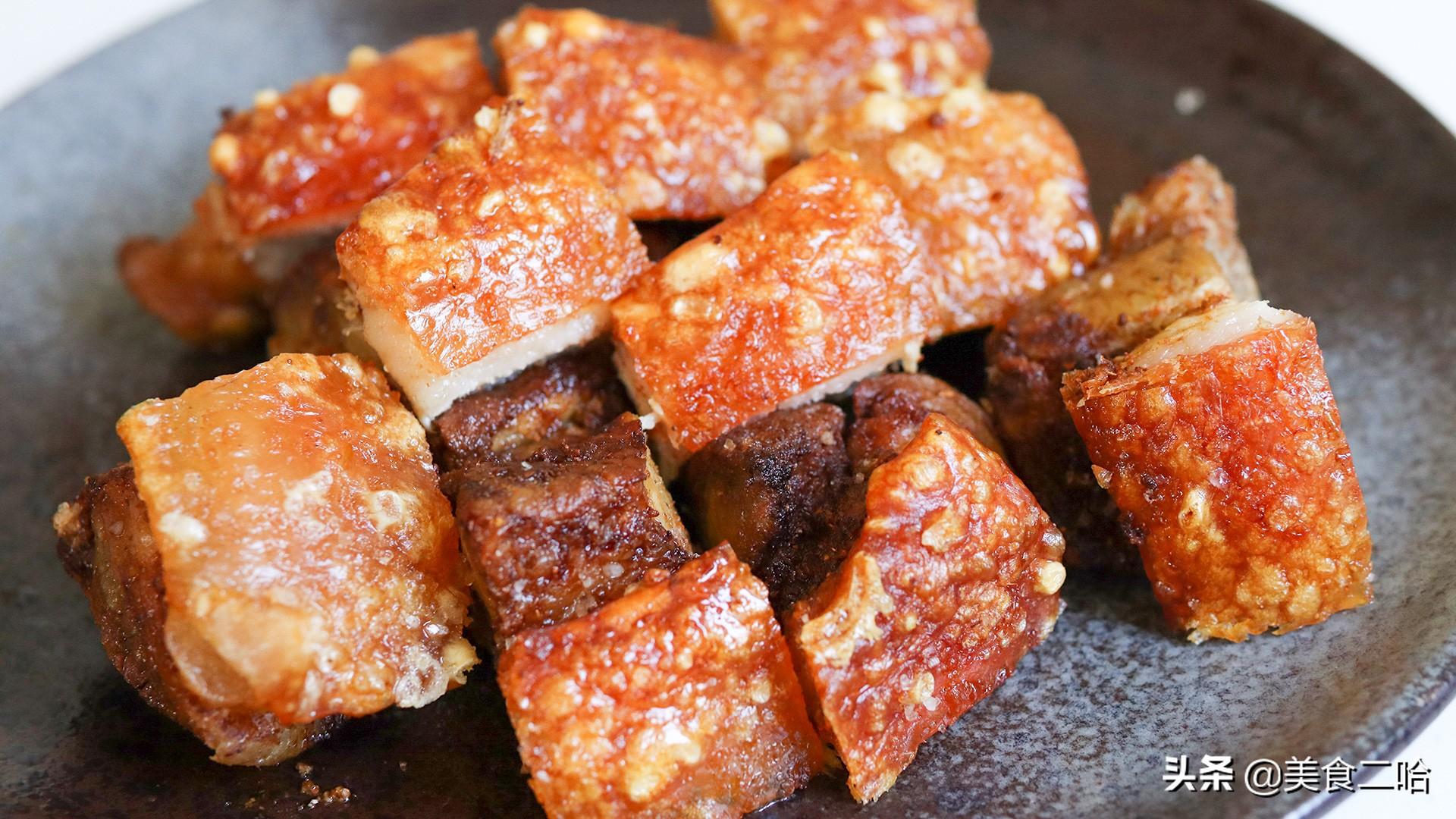 脆皮烤肉:原来烧烤店都是这么做的,酥香不油腻,配上啤酒超过瘾
