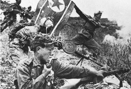 彭德怀计划对美发动进攻,毛主席召开紧急会议:不要打