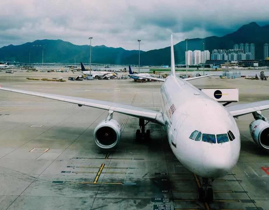 这家电动出租车初创公司赢得了联合航空2000万英镑的投资,并将在SPAC上市