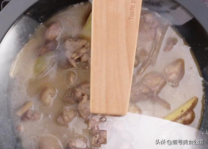 沙姜焖鸡 美食做法 第7张