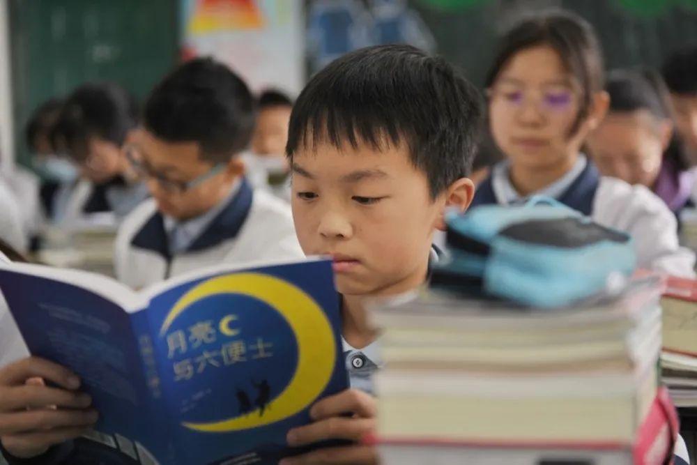 """""""知识下乡"""",图书界的百亿补贴真香"""