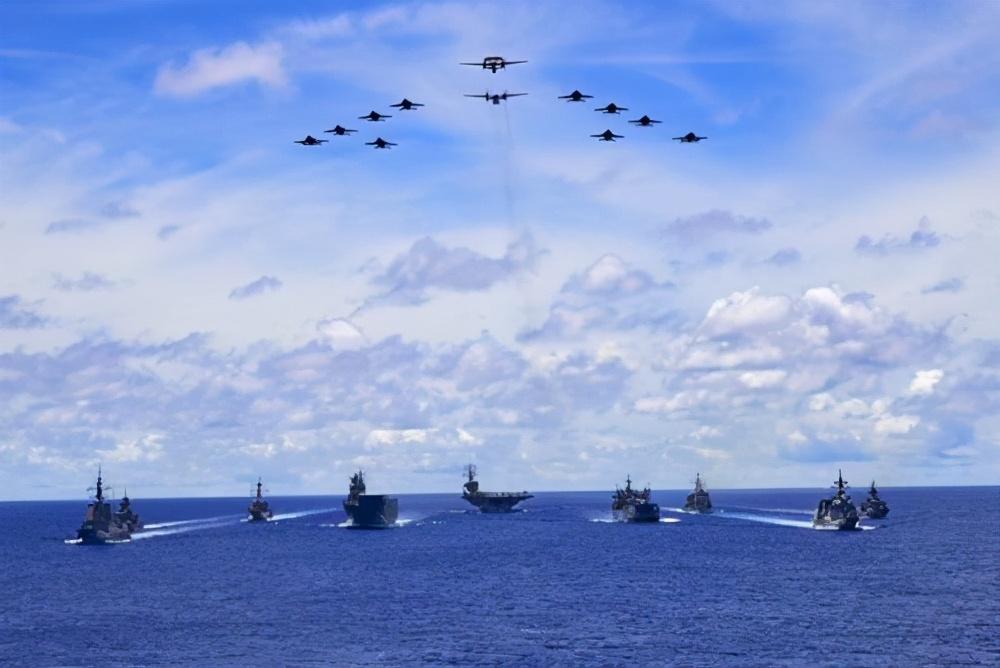 彭胜玉丨军事累国:美国正走向昨日苏联