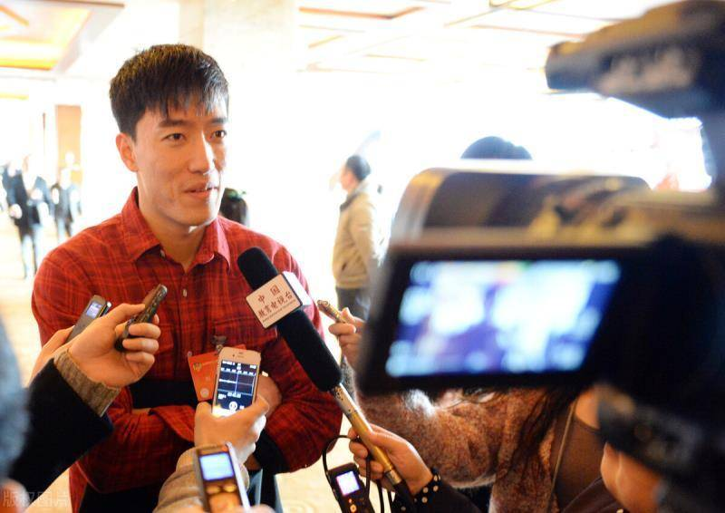 需要向刘翔道歉吗?刘翔首次谈网友致歉,回应让所有人敬佩