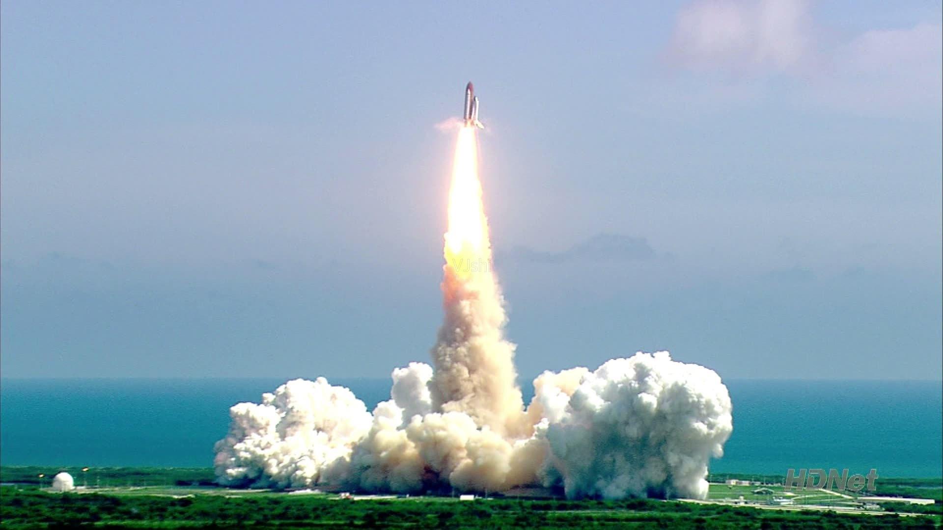 首次太空行走的人是谁(飘在太空回不来的宇航员)