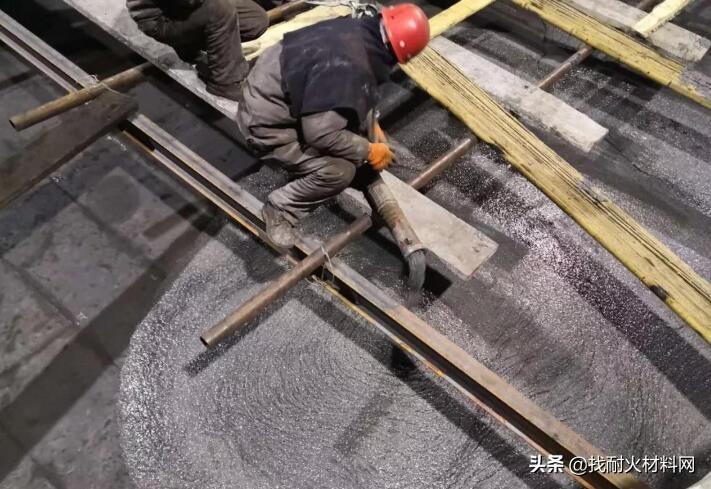 耐火浇注料的施工、伸缩缝留设以及缺陷修补的规范要求