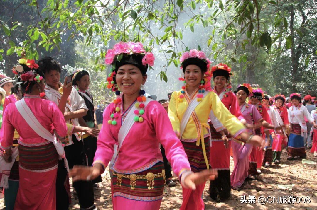 中国56个民族(三十三),布朗族