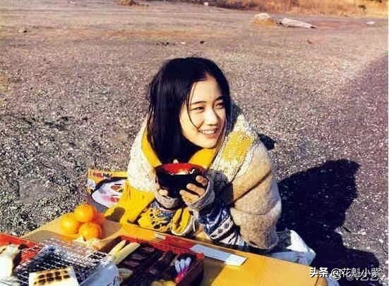 苍井优凭借《间谍之妻》获得最佳女主角,20岁时被誉为表演天才