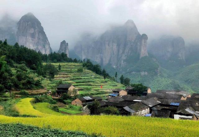 """浙江一""""冷门""""小城,如仙境一般,风景美,物价低,适合十一出行"""