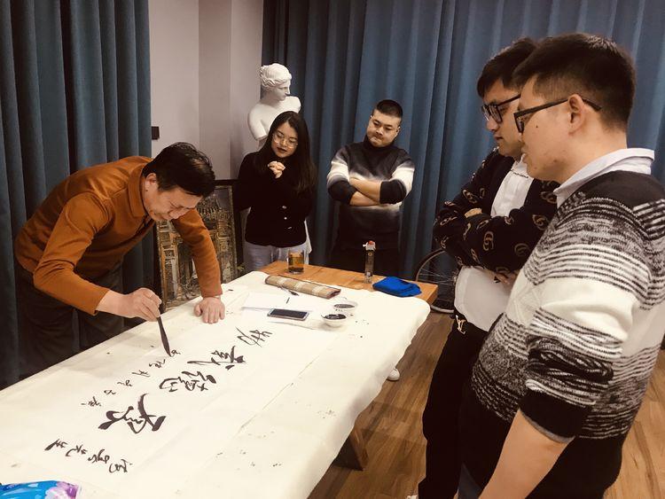 张敏钧一行在苏州文化艺术交流