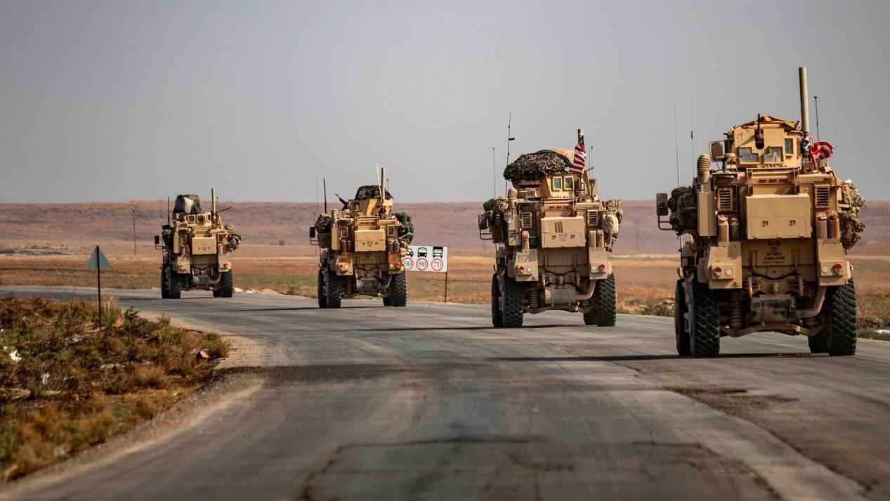 这次不是演习!美军机突然发动空袭,多名叙军士兵倒在血泊之中