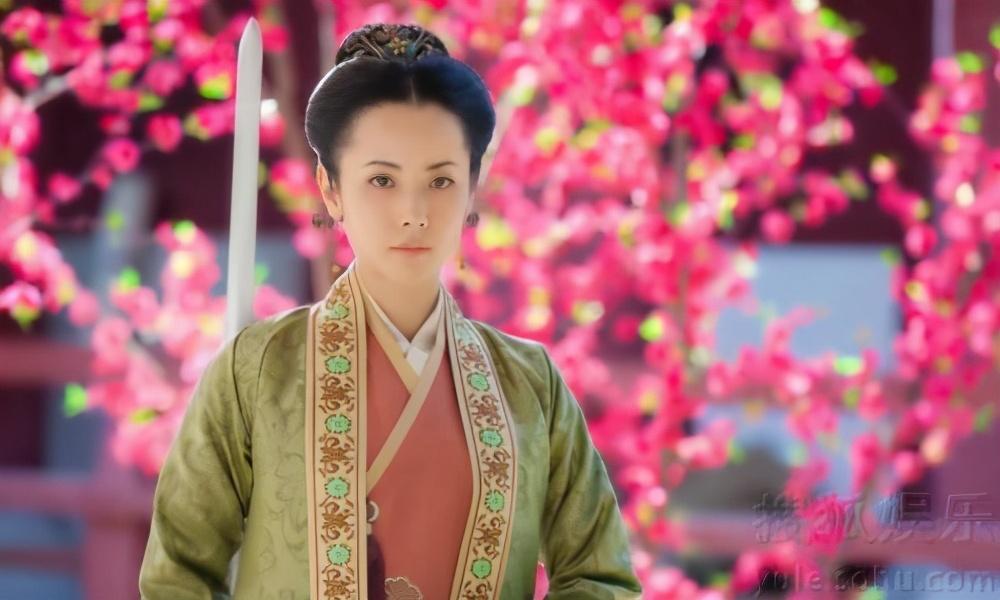 田亮怒斥妻子出轨,杨明娜出面澄清真相,森蝶爸爸却无辜躺枪