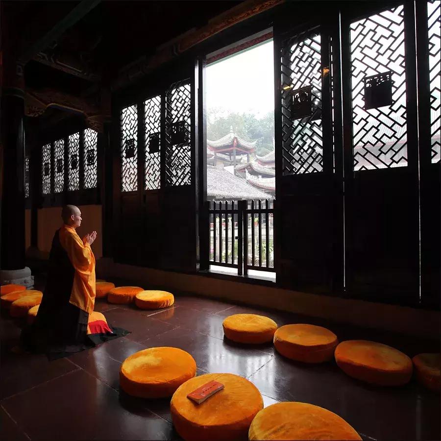 修身养性的佛语智慧,句句经典图片