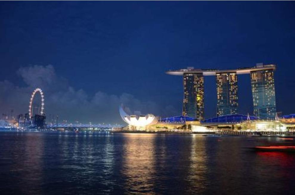 在工厂几乎看不见的新加坡,制造业排名世界第二?