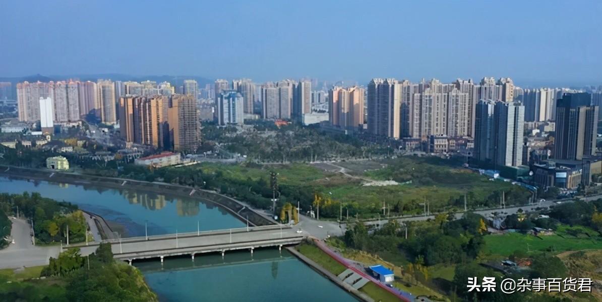 常住人口51万,面积占成都的九分之一,成都市大邑县介绍