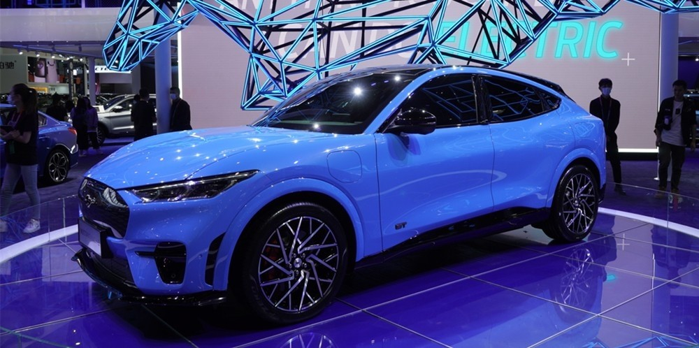 """北京车展上的那些""""救命稻草"""":有好车,也有来搞笑的"""