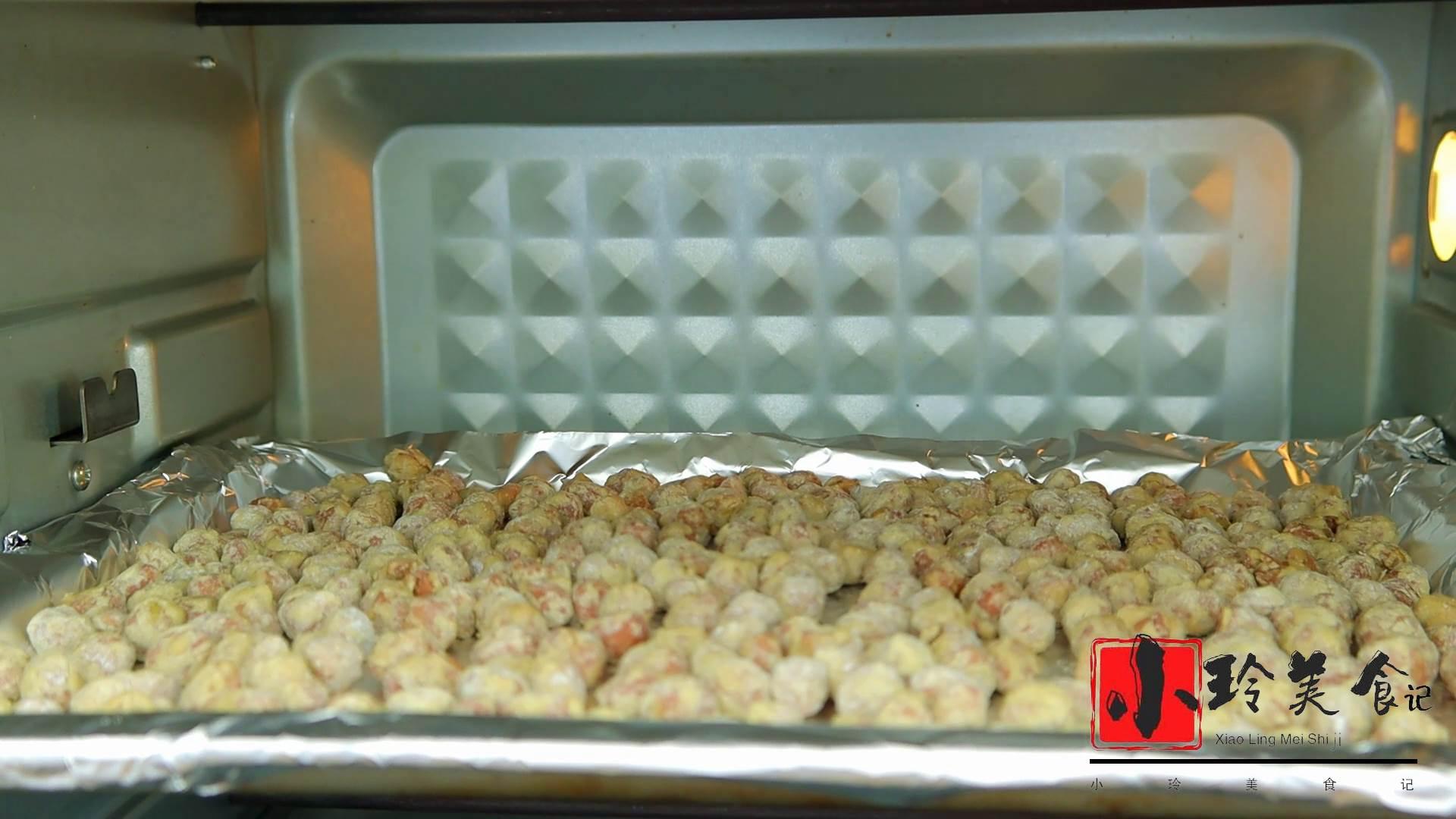 花生不油炸了,打入2个鸡蛋,筷子一搅,咬一口嘎嘣脆,好吃上瘾 美食做法 第9张