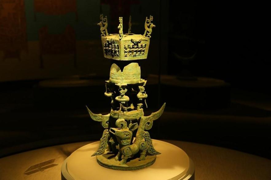 曾祥裕认为,三星堆王城遗址的发现  彰显远古巴蜀人的择居智慧